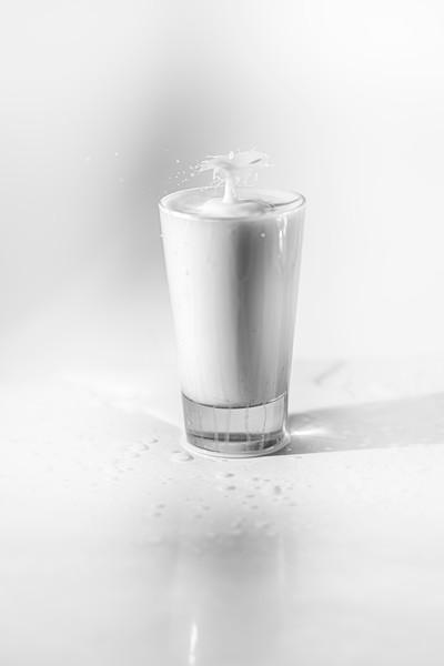 20200208-bw-milksplash-0203.jpg