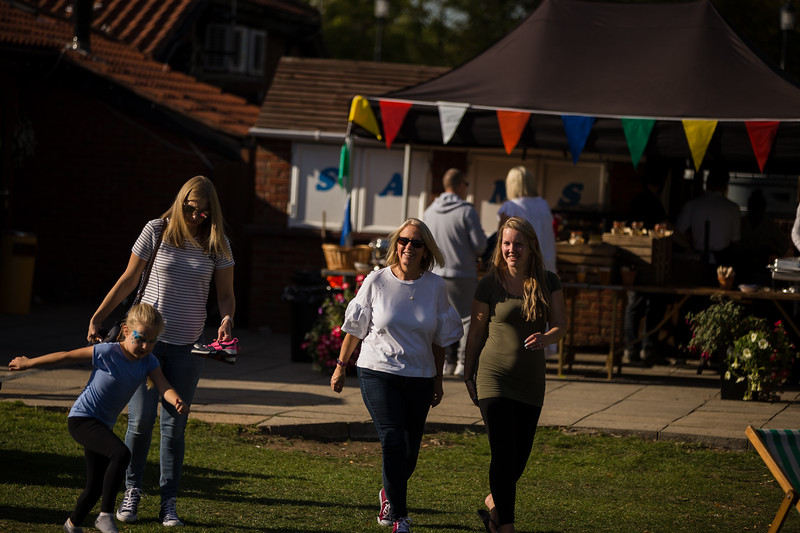 bensavellphotography_lloyds_clinical_homecare_family_fun_day_event_photography (387 of 405).jpg