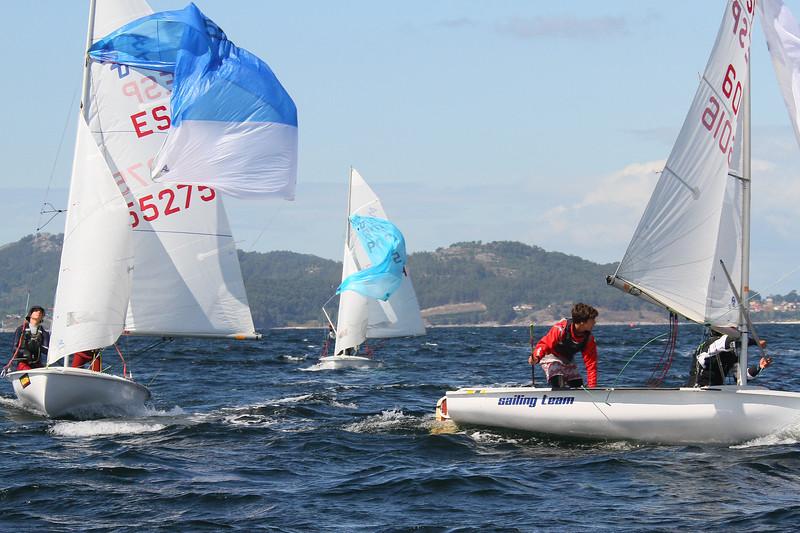 7 ES 55275 sailing team