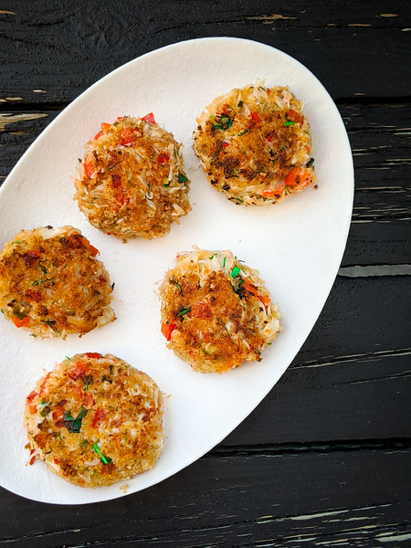 snow crab cakes on blac.jpg