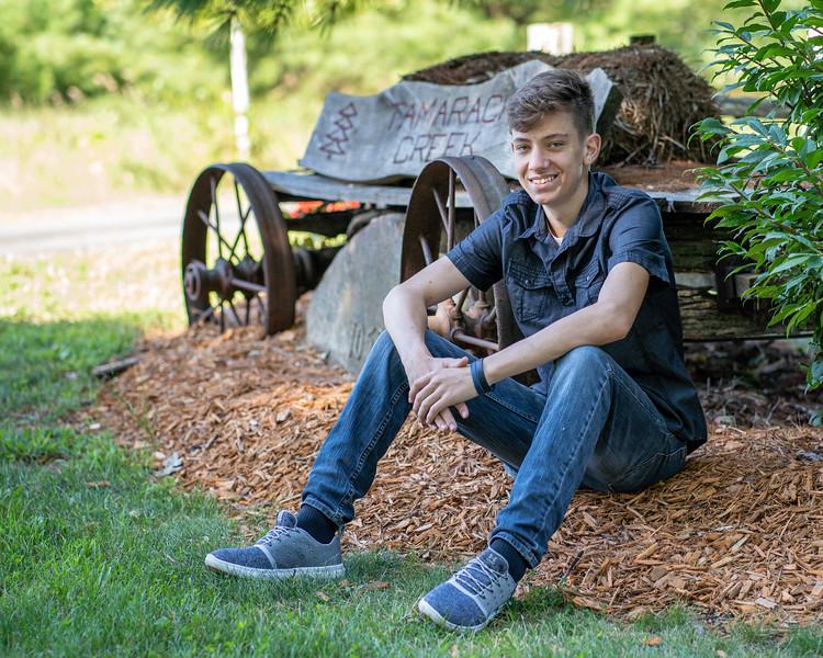 Cody Bonham Senior Photos NO SIG-1816.jpg