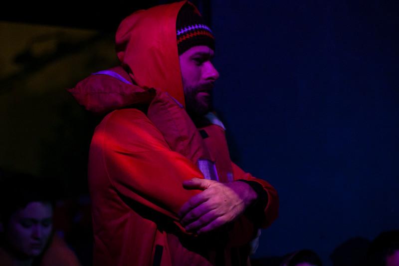 Allan Bravos - Fotografia de Teatro - Indac - Migraaaantes-364.jpg
