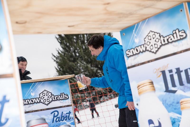 Mid-Season-Party_2017_Snow-Trails-9906.jpg