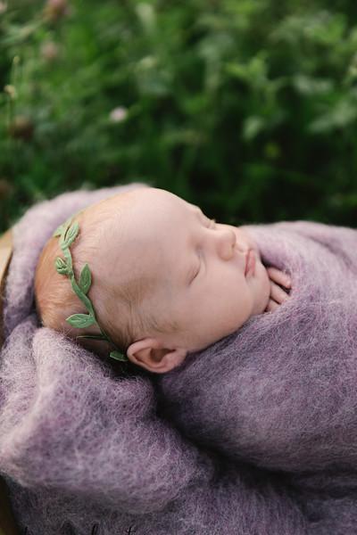 Autumn-Newborn-Low-Resolution370A0242-Edit.jpg