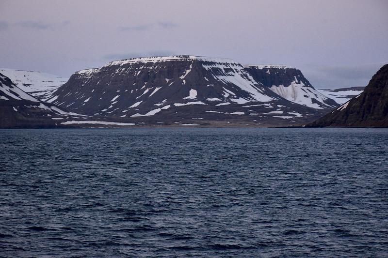 Þverdalur, Nasi og Staðardalur í Aðalvík