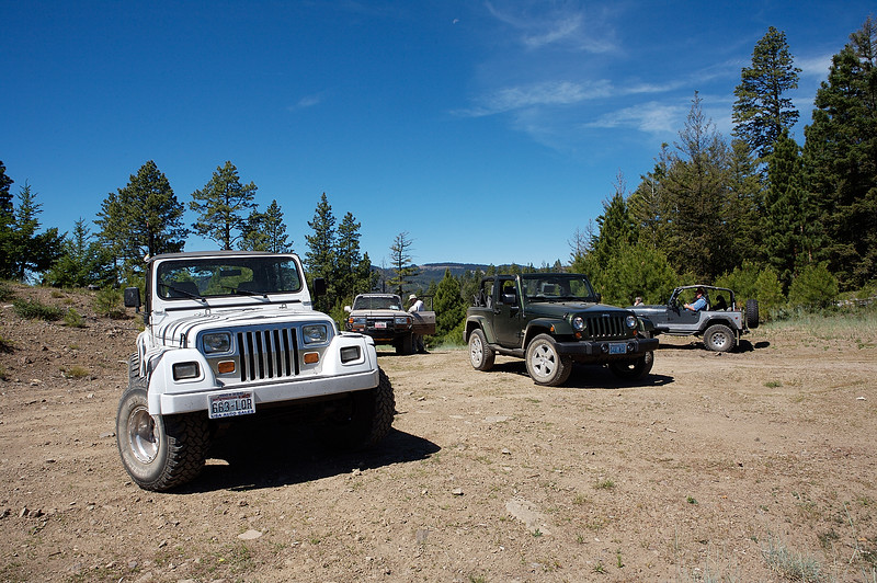 Four vehicles went exploring in the Wildcat Creek area east of White Pass on July 7, 2007.  A beautiful day....