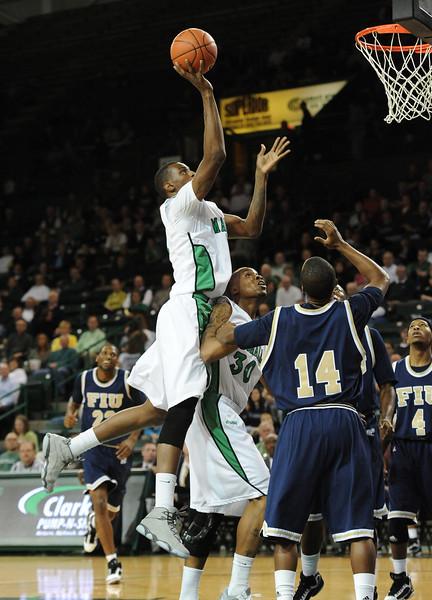 basketball-spikes6153.jpg