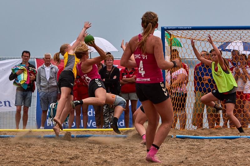 Molecaten NK Beach Handball 2015 dag 2 img 603.jpg