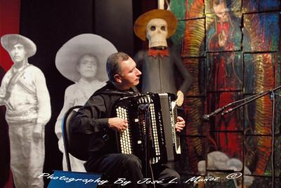 2010-11-20 ALAC Galeria 147 Accordian Concert