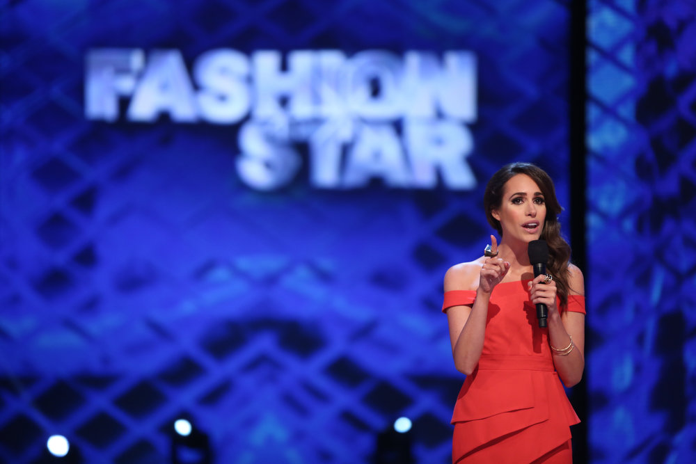 ". Louise Roe in NBC�s �Fashion Star."" Season 2 of the reality show returns Friday with mentors Jessica Simpson, Nicole Richie and John Varvatos, and with Glamour Magazine fashion editor-at-large Louise Roe as host. (Photo by: Tyler Golden/NBC)"