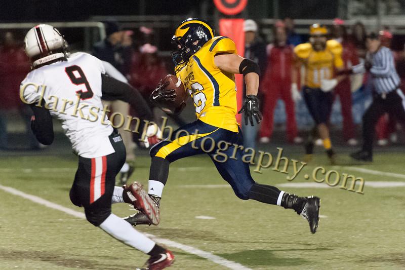 2015 Clarkston Varsity Football vs. Oak Park -067.jpg
