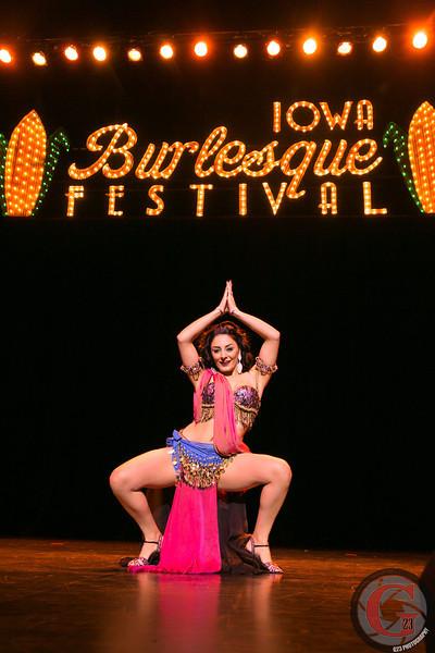 burlesque day2 edits (240 of 123).jpg