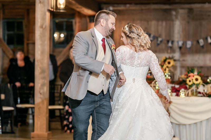 Emily_Darin_Wedding_October_12_2018_Ashley_Farm_Yorkville_Illinois-300.jpg