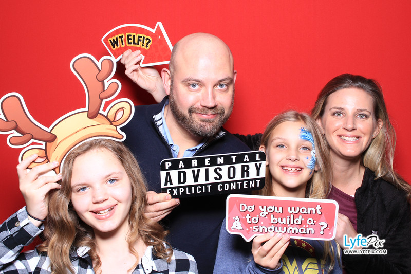 eastern-2018-holiday-party-sterling-virginia-photo-booth-0153.jpg