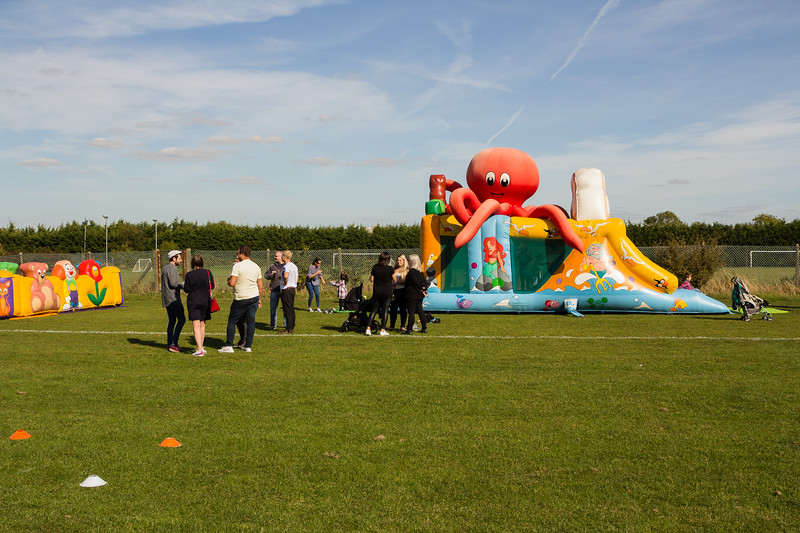 bensavellphotography_lloyds_clinical_homecare_family_fun_day_event_photography (109 of 405).jpg