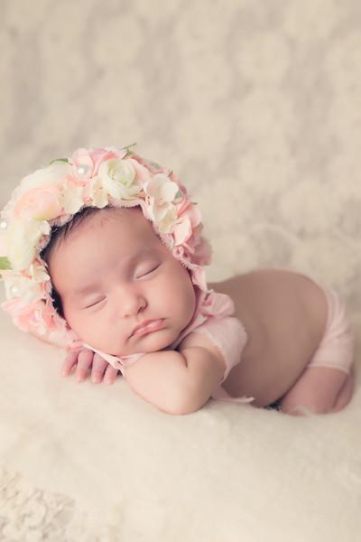 Emylee Newborn session