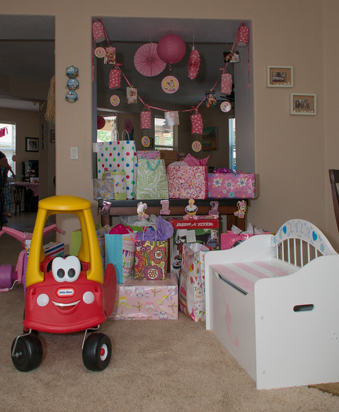 Lila's 1st Bday Party-246.jpg
