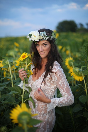 Beth | Sunflowers