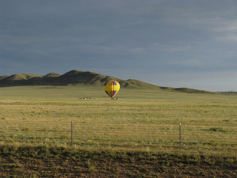 Tom and I departed COS at 5:45 am Sunday - passing a balloon out nowhere on the way.