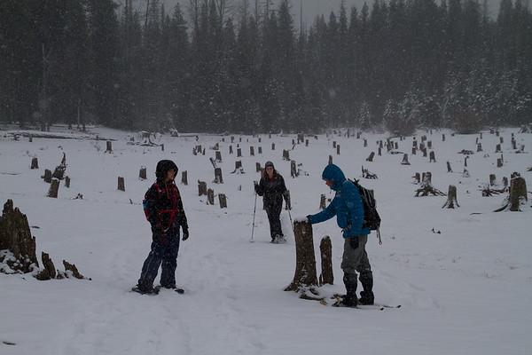 2017-12-24 Snowshoeing at Bumping Lake - Day 2