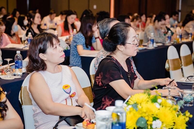 Boehringer-Ingelheim-Vietnam-Chup-hinh-su-kine-chup-hinh-hoi-thao-chup-hinh-phong-su-event-roving-photography-Photobooth-Vietnam-037.jpg
