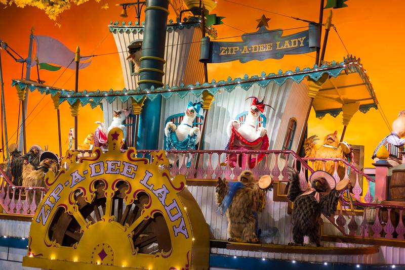 Splash Mountain Riverboat - Magic Kingdom Walt Disney World