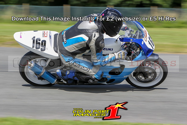 F-ERA SUPERBIKE & F-ERA UP TO 500cc GP RACE 12 & 23 AINTREE AUG 2016