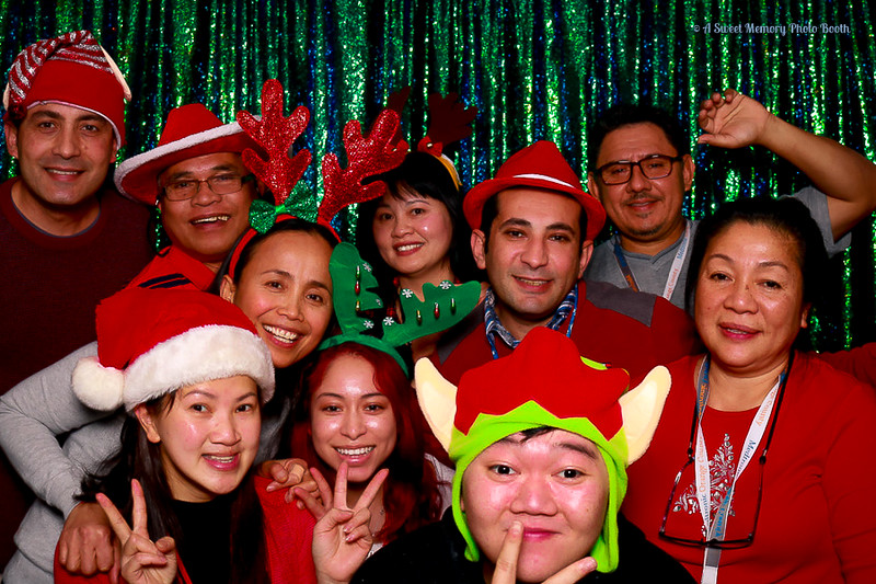 Medtronic Holiday Party -433.jpg