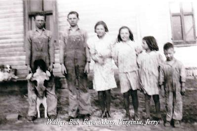 EVELYN'S ALBUM 1940-1943