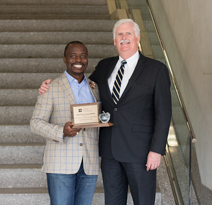 Henry Musoma 2018 Dean's Roundtable Award