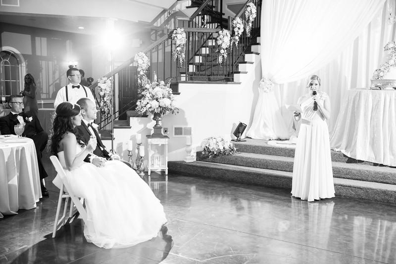 0942_Josh+Lindsey_WeddingBW.jpg
