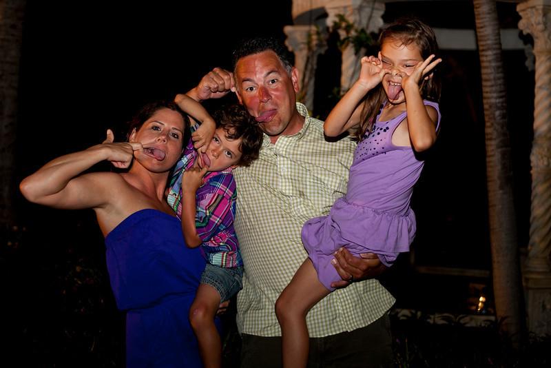 Goofy Family.jpg