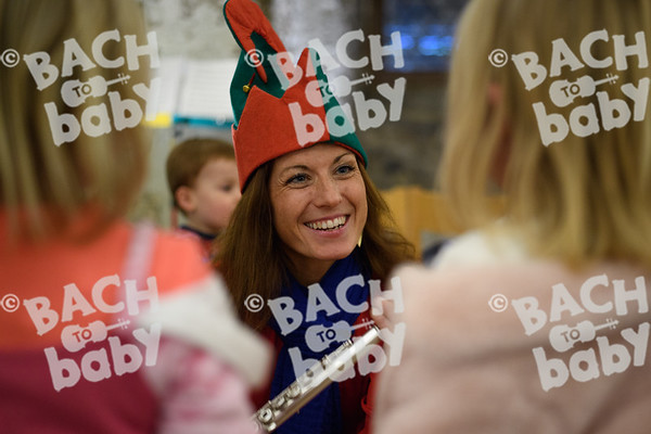 ©Bach to Baby 2017_Stuart Castle_Rochester Cathedral_2017-12-19-38.jpg