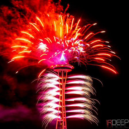 Space Needle New Year Fireworks 2016