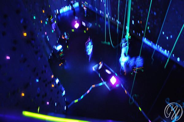 Ayers Rock, Glow in the dark