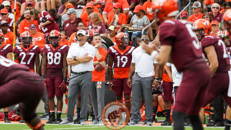 Head coach Justin Fuente looks on as Virginia Tech prepares to run an offensive play in the first half. (Mark Umansky/TheKeyPlay.com)