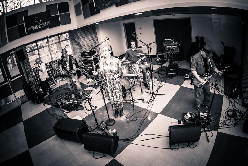 2019 Jenuine Band Photos (15 of 28).jpg