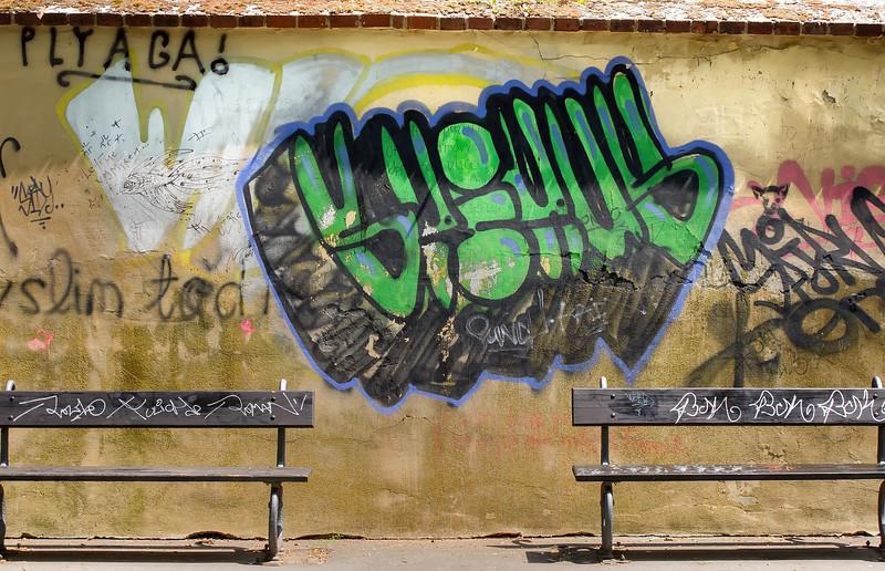 12-06Jun-Prague-Graffitti-8.jpg