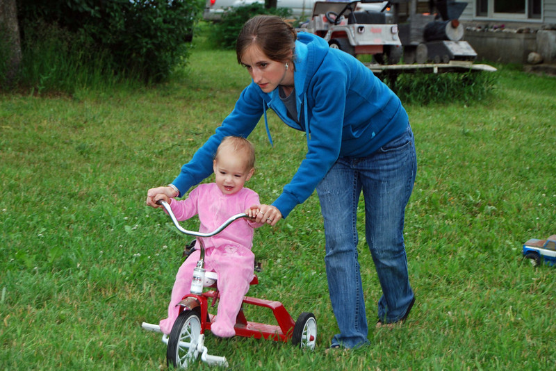 2476 Nan on her trike.jpg