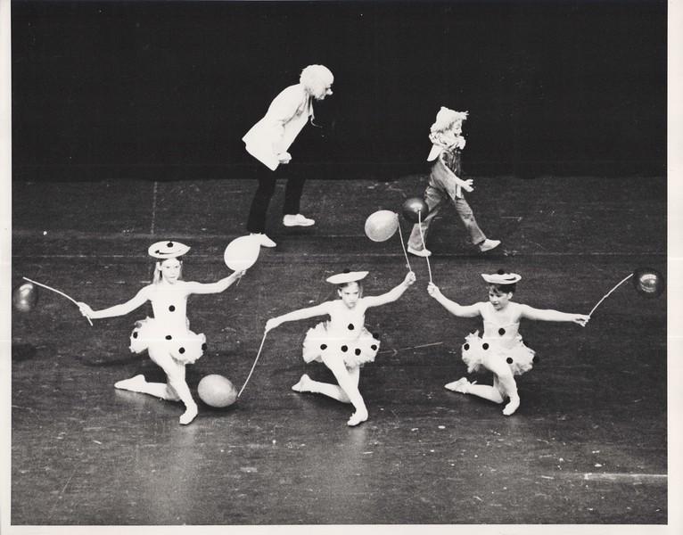 Dance_2820.jpg