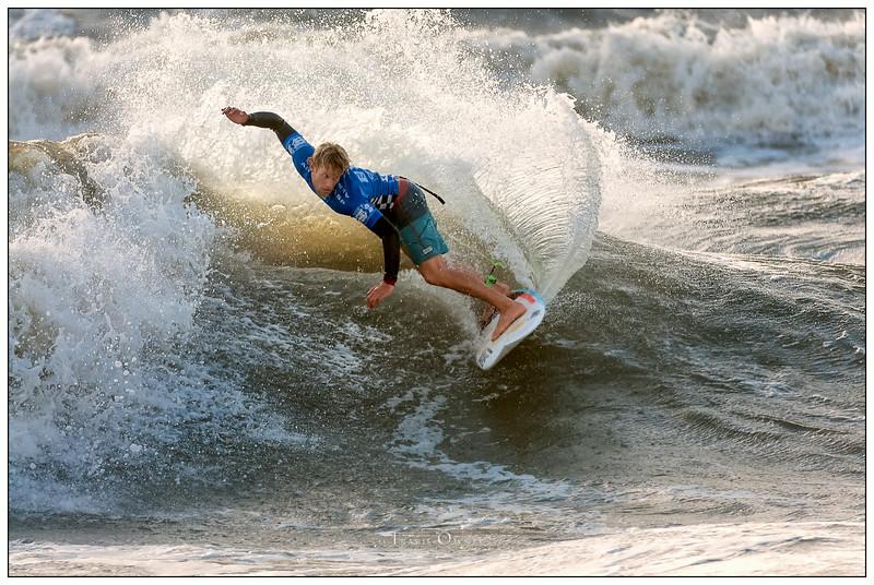 0_082414JTO_DSC_3207_Surfing-Vans Pro-Patrick Gudauskas-Winner Rd4 Heat 2.jpg