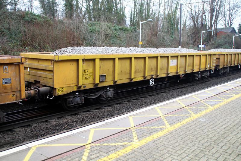 MLA 503120 at Welwyn North  12/01/14.