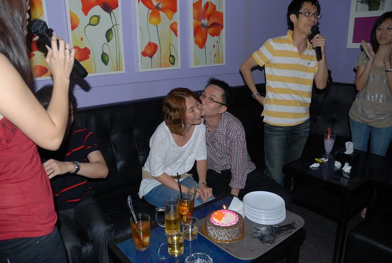 [20100219] Karaoke with ST Cousins @ Neway (47).JPG