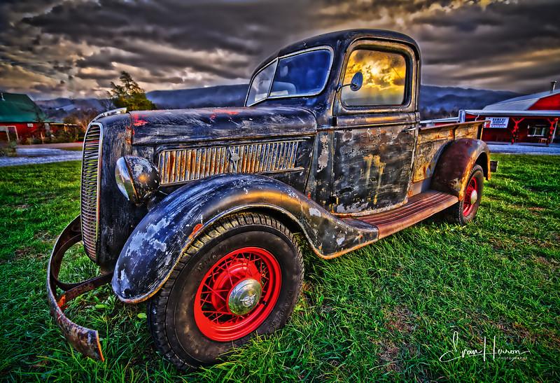Old truck 4 lg.jpg