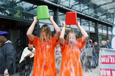 paddepoel 2014-winkelcentrum-ice bucket challenge