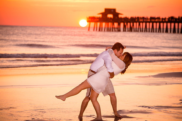 Alex and Fiorella, Naples Pier Engagement