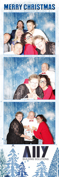 2018 ALLY CHRISTMAS PARTY BOOTH STRIPS_21.jpg