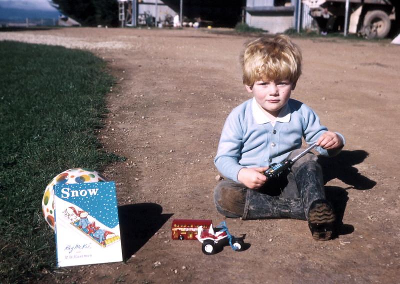 1974-5 (33) Allen 3 yrs @ Middlecreek, Flowerdale.jpg