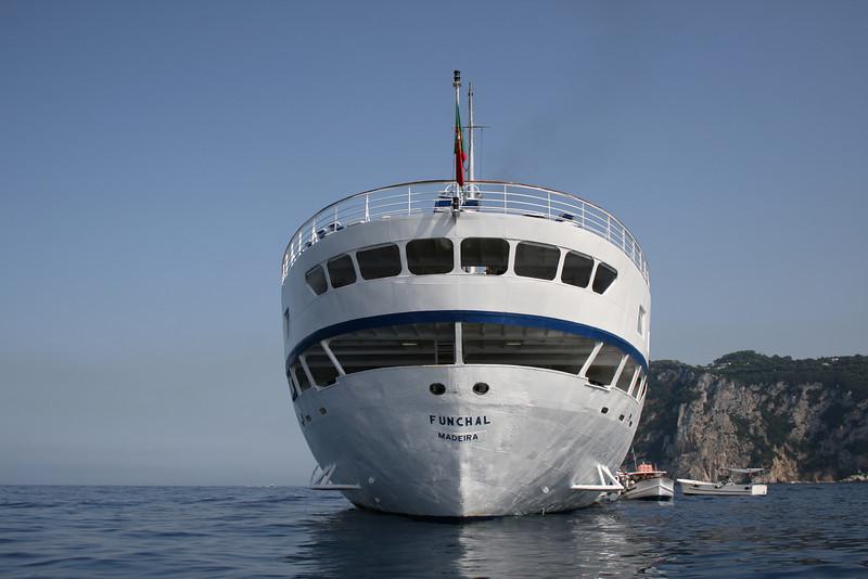 T/S FUNCHAL offshore Capri.