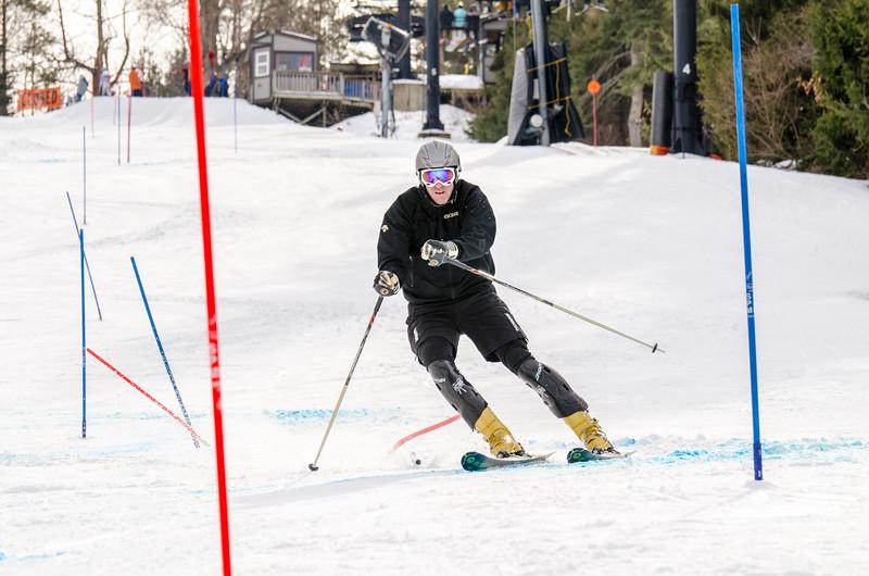 Standard-Races_2-7-15_Snow-Trails-320.jpg